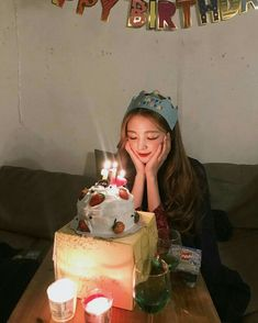 Ulzzang girl ✅ ulzzang boy ✅ Ulzzang kids✅ Ulzzang couple✅ not by °aeseratix Birthday Goals, Birthday Wishes, Birthday Parties, Cute Birthday Pictures, Birthday Photos, 17th Birthday, Girl Birthday, Happy Birthday, Friends Instagram