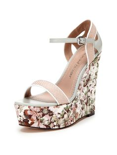 Tani Wedge Sandal by Jean-Michel Cazabat at Gilt Wedge Sandals, Wedge Shoes, Floral Wedges, Rehearsal Dinner Dresses, Carrie Bradshaw, Me Too Shoes, Espadrilles, Footwear, Jean Michel