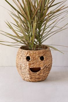 Happy Woven Rattan Planter Cover | Urban Outfitters | Home & Gifts | New #uoeurope #urbanoutfitterseu #urbanoutfitters #uohome
