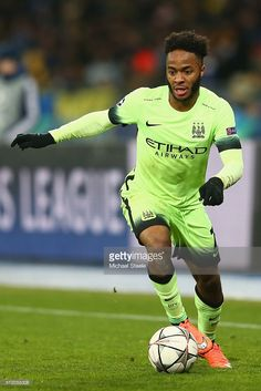 raheem-sterling-of-manchester-city-during-the-uefa-champions-league-picture-id512088308 (683×1024)