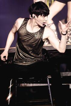 EXO Lay