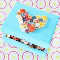 21 cute button projects. Buttons come in all shapes, colors, sizes, and can serve a bigger role than their normal purpose. All you need for these diy projects is buttons and creativity.