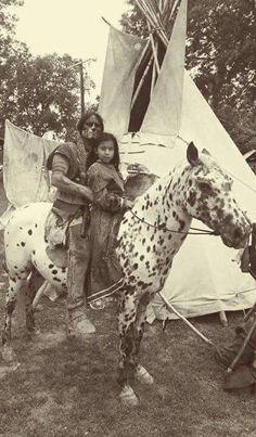 Native American Baby, Native American Actors, Native American Paintings, Native American Wisdom, Native American Pictures, Native American History, American Indians, American Women, Indian Horses