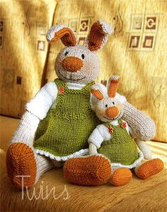 Twins' Knitting Pattern MiniShop: Mela, the Easter Bunny (in English) $5 for Advanced Knitters