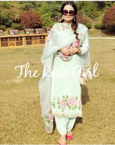 Embroidery Suits Punjabi, Hand Embroidery Dress, Embroidery Suits Design, Embroidery Fashion, Punjabi Salwar Suits, Designer Punjabi Suits, Indian Designer Wear, Punjabi Suit For Ladies, Hand Painted Dress
