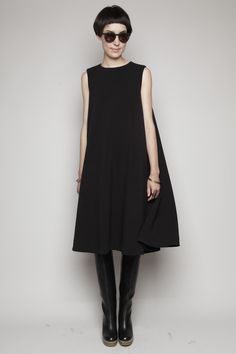 Totokaelo - Rachel Comey Black Chronical Dress (inspiration for Sonya Philips dress pattern) Outfit Vestido Negro, Dress Skirt, Dress Up, Looks Street Style, Moda Casual, Mode Inspiration, Wearing Black, What To Wear, Style Me