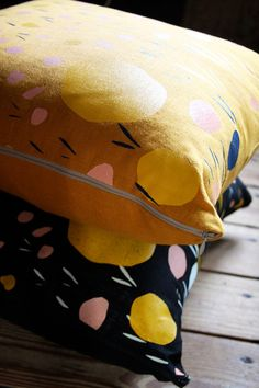 Pebbles Pillow Cover 18 x 18 by leahduncan on Etsy