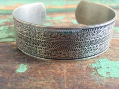 Vintage cuff Bracelet Floral Etched Victorian Style Nickle Silver by Holliezhobbiez on Etsy
