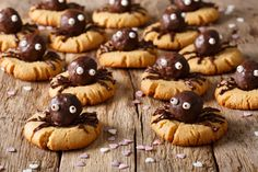 Serving up more inspiration today! How adorable are these cute little spider cookies?   Looks like all you need is soft cookies, Lekkco, cookie dough (body), and mini marshmallows.   1) Roll the cookie dough into a ball. 2) Dip ball into Lekkco chocolate, and place ontop of cookie. 3) Use fork/spoon to draw legs. 4) Use a small needle to draw chocolate eyes on marshmellow. 5) Youve done it!