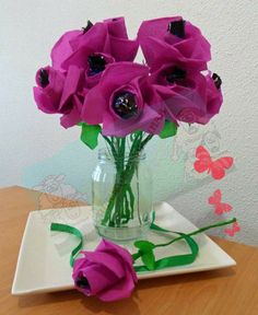 Churras y Merinas Manualidades: Flores de papel crepé con corazón de bombón DIY