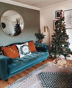small living room // velvet sofa // dark green wall // hardwood floor - Home Professional Decoration Cozy Living Rooms, Home Living Room, Apartment Living, Living Room Decor, Cozy Eclectic Living Room, Hippie Living Room, Blue Couch Living Room, Apartment Therapy, Dark Green Walls