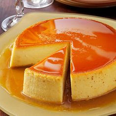 Creamy Caramel Flan Great dessert for your Cinco de Mayo feast. If you're unfamiliar with flan, think of it as a tasty variation on custard. One warning, though—it's very filling. A small slice of flan goes a long Caramel Flan, Creme Caramel, Caramel Custard Recipe, Custard Pudding, Pudding Recipe, Just Desserts, Delicious Desserts, Yummy Food, Flan Dessert