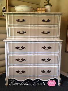 French Provencal Chest on Chest #shabbypaints #calitaupe #alamowhite