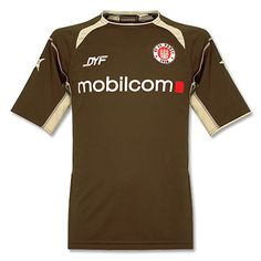 forza st pauli!! from the coolest footy club in the world, the coolest footy shirt. There's a skull and crossbones on the back, and even if I hated footy, I'd still love this!