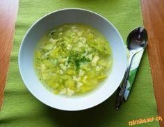 Pórová polievka s haluškami ..... rýchla a výborná | Mimibazar.sk Cheeseburger Chowder, Soup, Soup Appetizers, Soups, Chowder