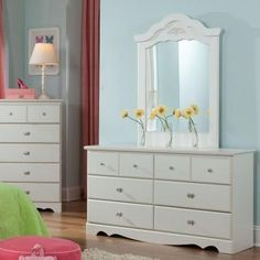 Dresser purchased. Might replace pull hardware, will see how it goes when it arrives.