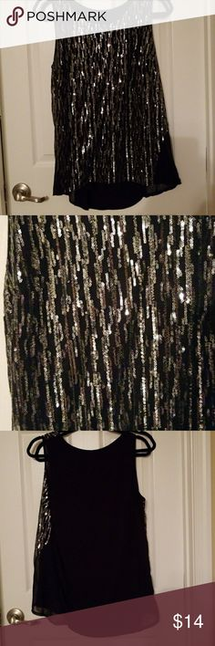 PERFECT NEW YEARS EVE TOP!! Very cute sleeveless top black with silver sequins Worthington Tops