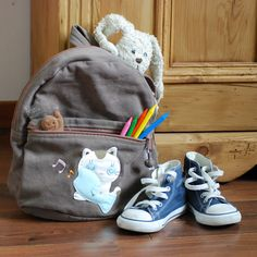Pour que votre enfant intolérant au gluten puisse aller à l'école sans risque, prenez vos précautions avec son l'école.