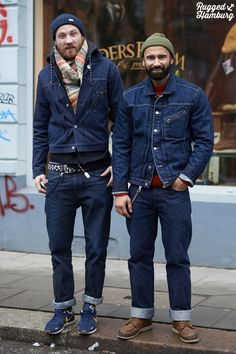 This double denim looks great! Denim Fashion, Look Fashion, Winter Fashion, Fashion Men, Urban Fashion, Street Fashion, Moda Hipster, Look Jean, Mode Jeans