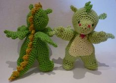 "Little Dragon (Size: approx. 16 cm / 6 "") - Free Amigurumi Crochet Pattern - PDF click ""download"" or ""free Ravelry download"" here: http://www.ravelry.com/patterns/library/amigurumi-crochet-pattern-little-dragon"
