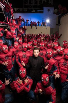 New Tom Holland Spider-Man: Homecoming Army of Spider-Men Image - Cosmic Book News