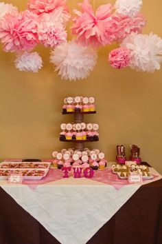 tissue poms & cupcake tower