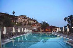Borgo Giusto Albergo Diffuso Borgo a Mozzano (LU) Borgo Giusto Albergo Diffuso is located 12 km from Borgo A Mozzano and offers a large swimming pool with hydromassage corner and horse riding. It is set a 30-minute drive from Lucca.