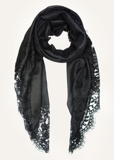 We love the Chantilly lace detailing of this luxurious black cashmere scarf by Vinny Mehra for Ezma. Made from pure Himalayan cashmere. Cloudy soft & super warm.