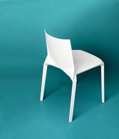 Plana by LucidiPevere - Kristalia #plasticchair #lucidipevere #moldedchair