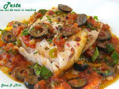 Peste cu sos de rosii si masline Romanian Food, Diy Food, Seafood, Food And Drink, Fish, Chicken, Cooking, Pizza, Sea Food