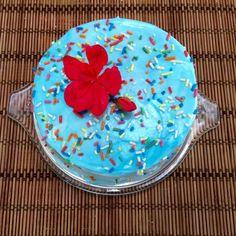 Receta de Torta decorada con merengue