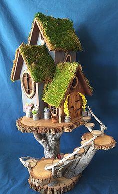 25 Cute DIY Fairy Furniture and Accessories For an Adorable Fairy Garden Fairy Tree Houses, Fairy Garden Houses, Diy Fairy House, Fairies Garden, Pixie, Fairy Garden Furniture, Fairy Crafts, Gnome House, Fairy Doors