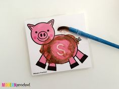 Surprise uppercase letters appear after toddlers, preschoolers, or kindergarteners clean the mud off of the pigs on these free alphabet printable cards! Farm Animals Preschool, Free Preschool, Preschool Ideas, Farm Activities, Spelling Activities, Toddler Activities, Kindergarten Orientation, Printable Cards, Free Printables