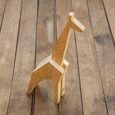 Giraffe Pallet