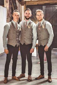 2018 Modest Tweed Vest Wool Groom Vests British Style Men& Suit Vests Slim Fit Men& Dress Vest Wedding Waistcoat Custom Made Groom Vest, Groomsmen Vest, Groomsmen Outfits, Groomsman Attire, Brown Groomsmen, Mismatched Groomsmen, Rustic Groomsmen Attire, Casual Groom Attire, Groomsmen Poses