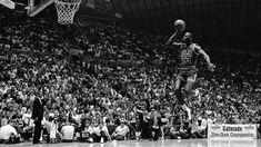 His airiness, Michael Jordan, slam dunk. Dear Basketball, Jordan Basketball, Basketball Legends, Basketball Players, Michael Jordan Poster, Michael Jordan Pictures, Slam Dunk, Chicago Bulls, Lebron James