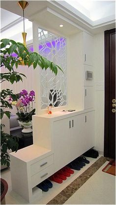 Shoe cupboard + entry partition More