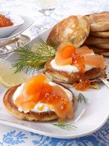 Blini mit Lachs und Kaviar - so geht's