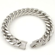 Silver Color Stainless Steel Bracelet  Clasp Type:  Box-with-tongue    Bracelets Type:  Chain & Link Bracelets    Shape\pattern:  Geometric    Metals Type:  Stainless Steel    Material:  Metal    Chain Type:  Rope Chain  http://www.leonardwatches.it/products/silver-color-stainless-steel-bracelet