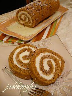 Mivel újra itt a sütőtök-szezon és ez egy nagyon finom sütemény, felteszem ide, a blogra is. Még tavaly készült el a Kifőztük szeptemberi s... Deserts, Food And Drink, Bread, Jade, Sweet, Ethnic Recipes, Caramel, Postres, Desserts