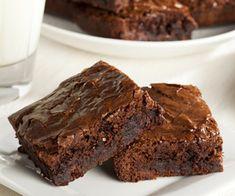 Voici la recette de l'ultime dessert gourmand : celle des brownies au chocolat et noix de pécan. Un plaisir à partage en famille.