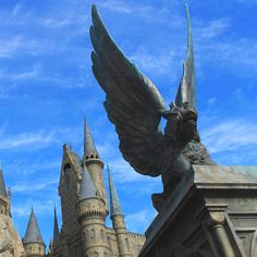 The Best Things to do at Harry Potter Wizarding World Japan. Visit magical Hogsmeade at Osaka ... Hogwarts Robes, World Travel Guide, Backpacking Asia, Sirius Black, Harry Potter World, Filming Locations, Universal Studios, Barcelona Cathedral, Around The Worlds
