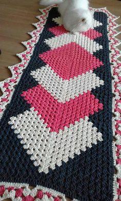 Caminho de mesa de crochê: 35 peças lindas e modelos passo a passo
