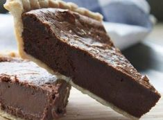 Almost half of this pie is pure melted chocolate with a flaky crust, real vanilla, butter & eggs. No matter where you are, this traditional Southern pie will be a hit! Torta Fudge, Fudge Pie, Homemade Fudge, Homemade Chocolate, Best Yeast Rolls, Pie Crust Recipes, Fudge Recipes, Pumpkin Soup, Vegetarian Chocolate