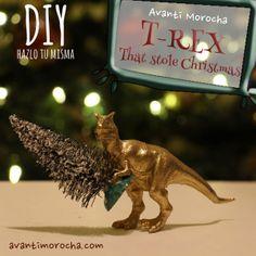 Dinosaur Christmas Decor@Pennfoster #Bemorefestive #choosetobemorefestive