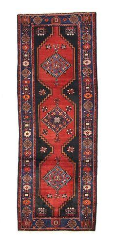 TRADITIONAL PERSIAN HAMADAN RUG 110 cm x 300 cm