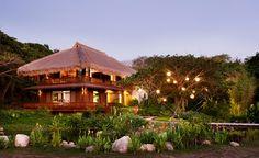 Bahay-kubo style Zobel House  (INTERIORS PORTFOLIO copyright Francisco Guerrero Tanco 2012)