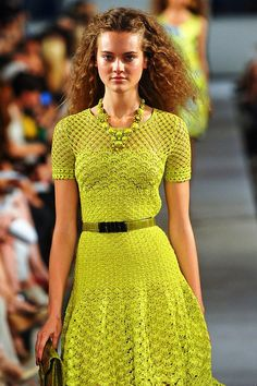 Outstanding Crochet: Crochet Yellow Dress from Oscar de la Renta