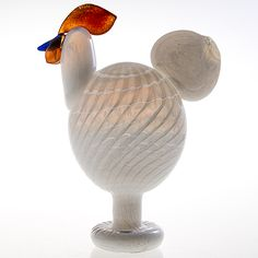 "OIVA TOIKKA - Glass bird ""Kieku"" for Nuutajärvi Notsjö, Finland.   [h. 31 cm, l. 24 cm] Glass Design, Design Art, Bukowski, Finland, Modern Contemporary, Glass Art, Retro Vintage, December, Birds"
