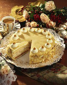 Unser beliebtes Rezept für Marzipan-Torte und mehr als 55.000 weitere kostenlose Rezepte auf LECKER.de.